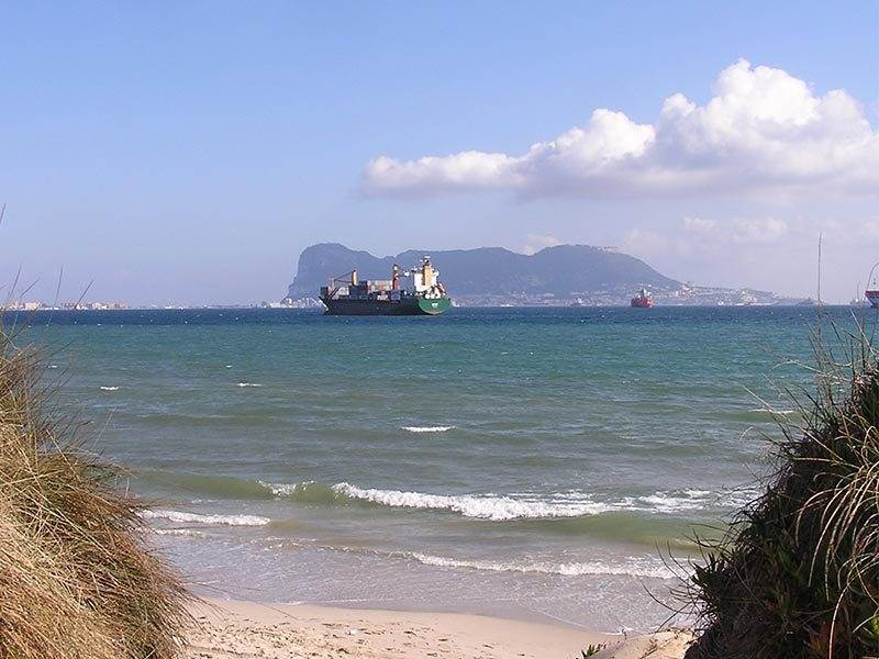 Guide to Algeciras, a busy port and the start of Mr Hendersons Railway