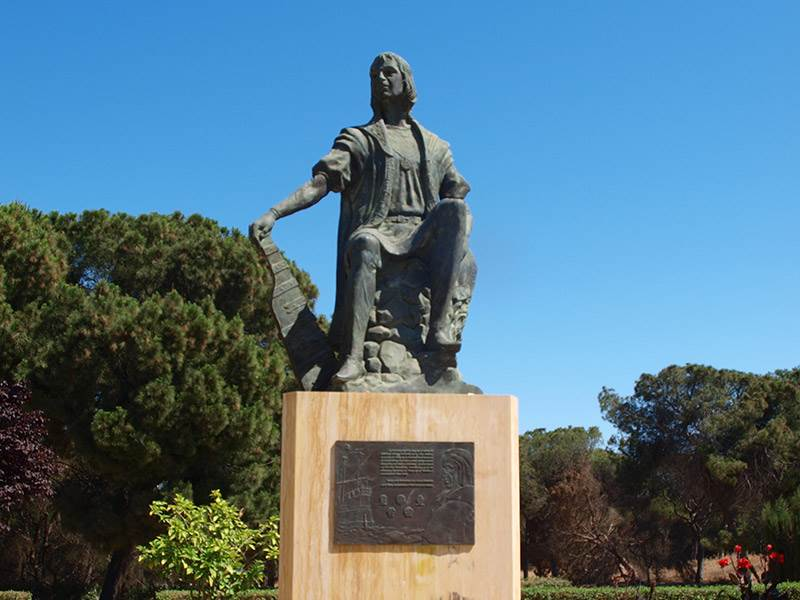 Statue of Columbus at Palos de la Frontera