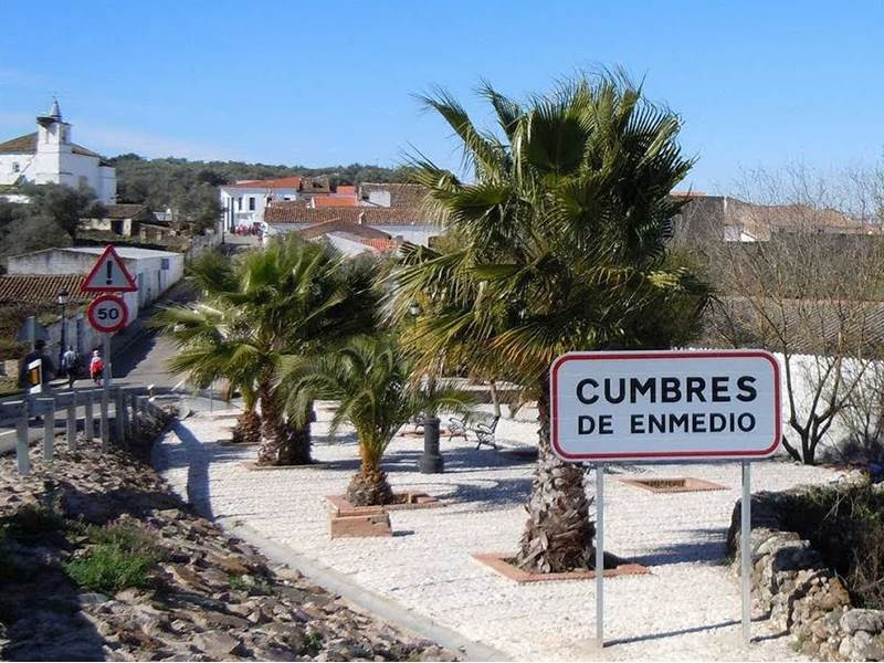 Cumbres de Enmedio, the smallest town in Andalucia