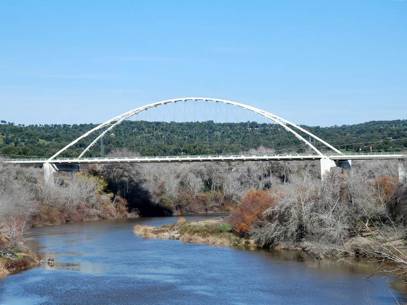 New Cantilever Bridge
