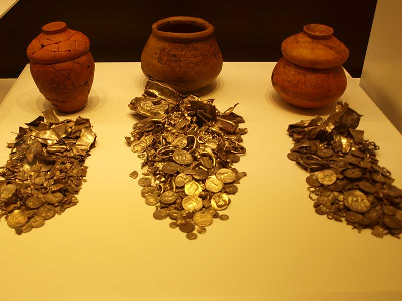 3rd century BC hoard found at Cerro Colorado  - Museum of Malaga